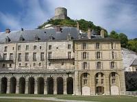 voyages-inattendus,  la roche guyon, normandie, le chateau classique