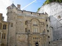 voyages-inattendus,  la roche guyon, normandie, entrée du  chateau classique