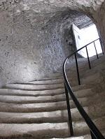 voyages-inattendus,  la roche guyon, normandie,montée vers le pigeonnier