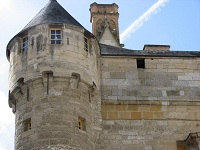voyages-inattendus,  la roche guyon, normandie , tour de garde médiévale