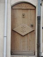 voyages-inattendus, camargue, le cailar,porte et croix camargaise