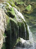 voyages-inattendus,  gorges du tarn, cascade gros plan 2